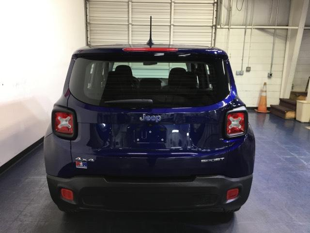 Pre-Owned 2016 Jeep Renegade 4WD 4dr Sport